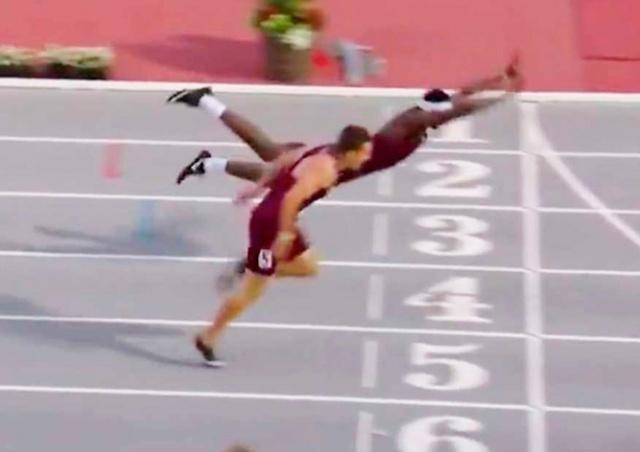 Американский бегун вырвал победу «прыжком Супермена»: видео