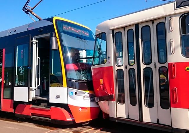 В Праге за утро произошли три аварии с участием трамваев