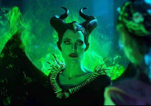 Вышел трейлер новой «Малефисенты» с Анджелиной Джоли: видео