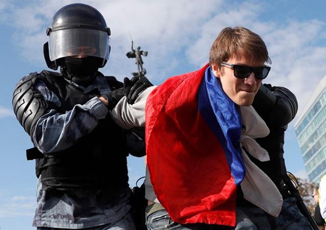 МИД Чехии прокомментировал массовые задержания в Москве
