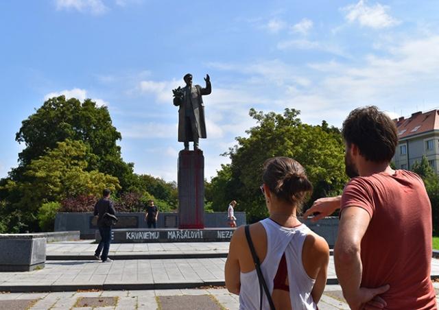 Прага 6: памятник Коневу чистить не будем, пусть посольство РФ забирает его себе