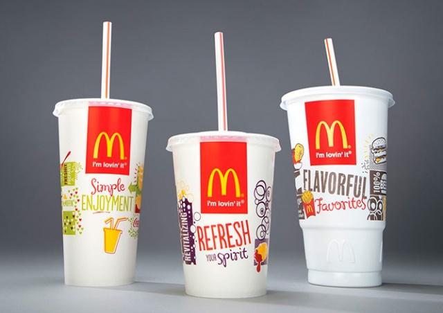 Экологичные соломинки McDonald's оказались непригодными для переработки