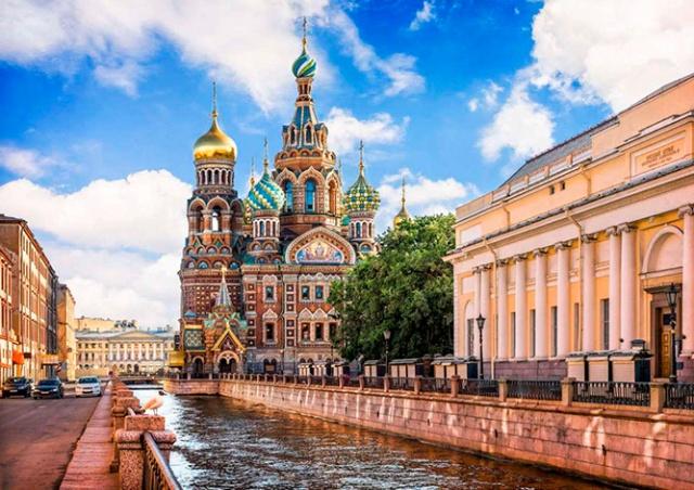 Иностранцы смогут посетить Петербург по бесплатной электронной визе