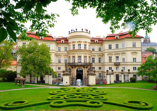 Лобковицкий дворец в Праге на один день откроют для туристов