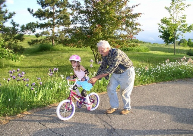 Университет Менделя в Брно приглашает на учебу пенсионеров с внуками