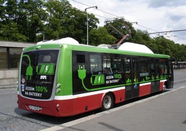 Прага закупает новые электробусы, они будут курсировать в аэропорт