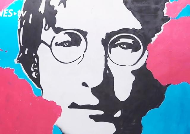 В Праге открыли обновленную стену Леннона