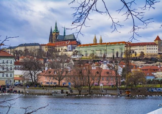Низкое давление продержится в Чехии до конца недели