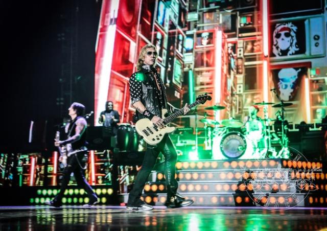 Guns N' Roses снова выступят в Праге