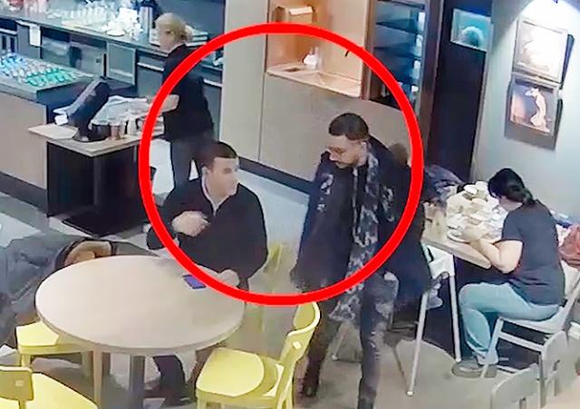 Кража бумажника в пражском кафе попала на видео