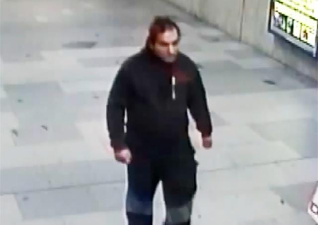 В Праге неизвестный изнасиловал иностранку