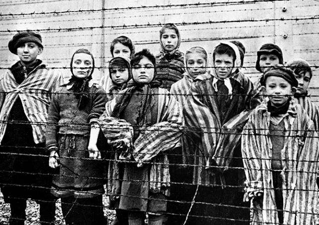 Ровно 75 лет назад советские войска освободили Освенцим