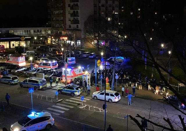В Германии мужчина открыл стрельбу по посетителям кафе: 9 убитых