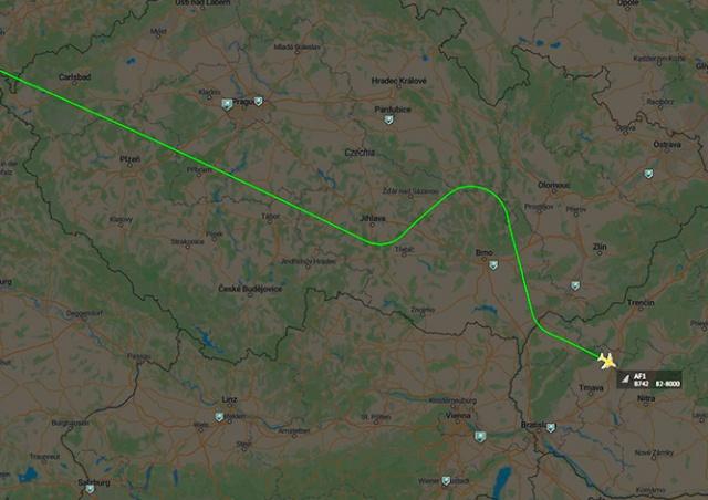 Дональд Трамп летел над Чехией и «на всякий случай» обогнул Брно