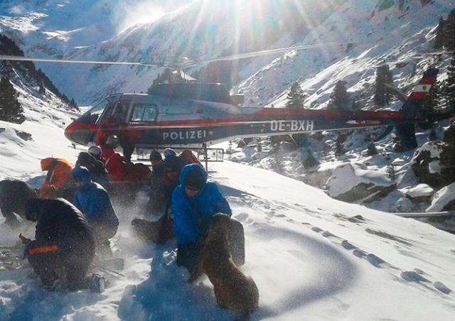 Группа чешских туристов погибла при сходе лавины в Альпах