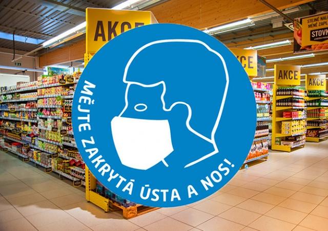 Важно: жителей Праги обязали носить маски в магазинах и других местах