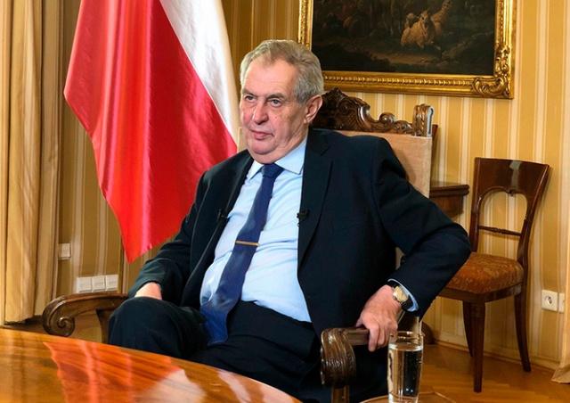 Президент Чехии записал телеобращение к нации