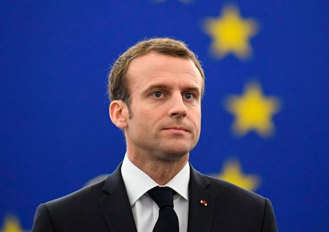 Макрон предупредил об угрозе распада Шенгенской зоны из-за пандемии