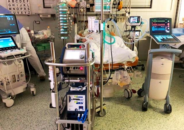 Минздрав Чехии назвал число инфицированных пациентов в тяжелом состоянии