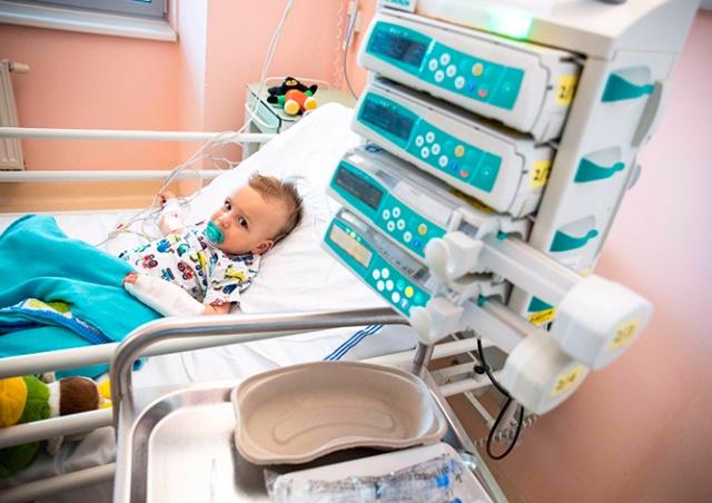 Второй ребенок в Чехии получил самое дорогое лекарство в мире