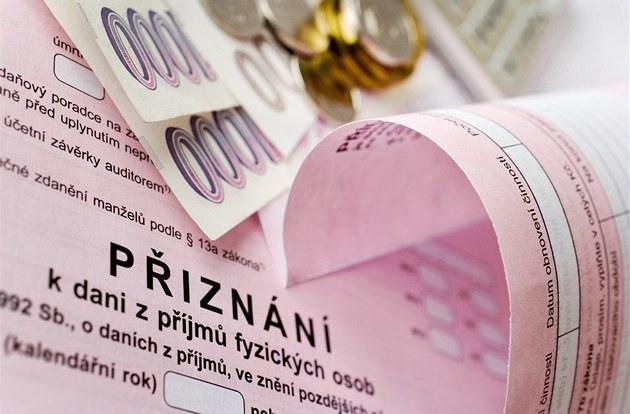 Минфин Чехии перенес последний срок подачи налоговых деклараций
