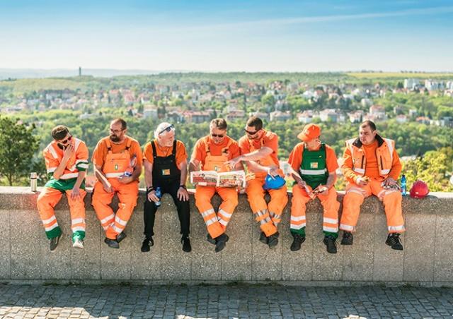 Названы самые тяжелые профессии в Чехии