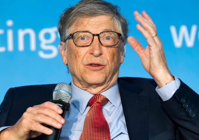 «Глупо и дико»: Билл Гейтс прокомментировал теорию о чипировании человечества