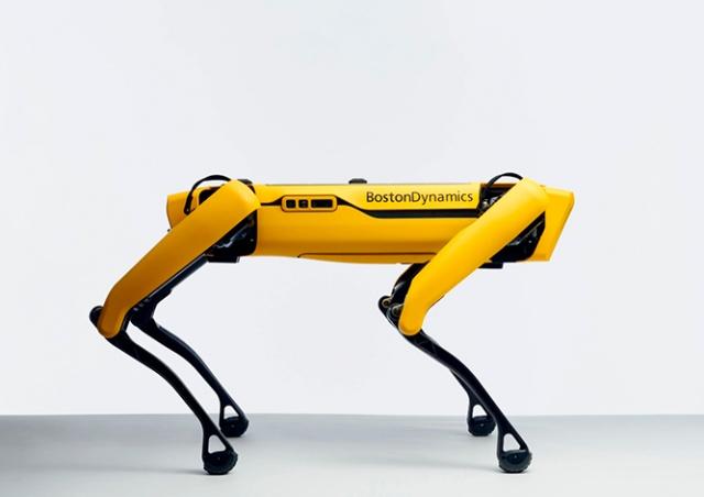Boston Dynamic выпустила в свободную продажу робота-собаку