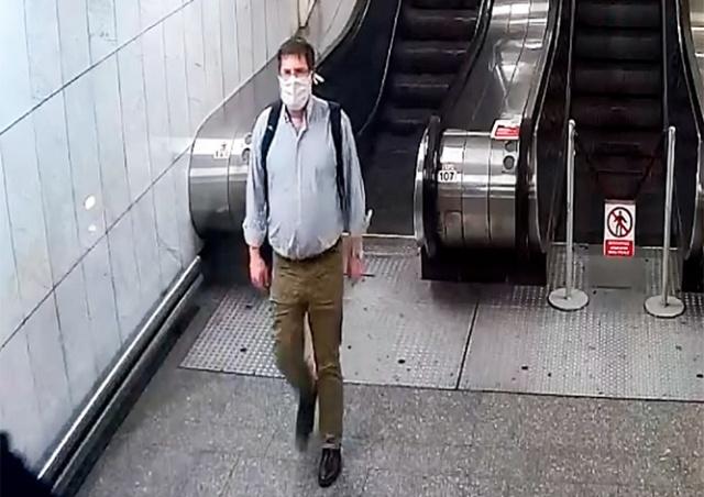 В пражском метро один пассажир с ножом напал на другого