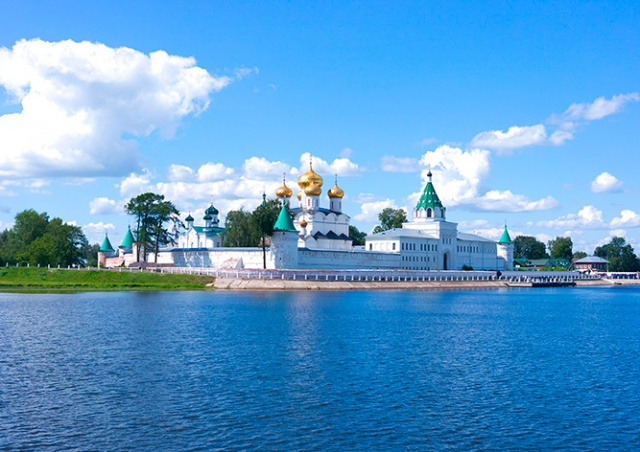 Россия компенсирует гражданам до 15 тыс. рублей за отдых в стране