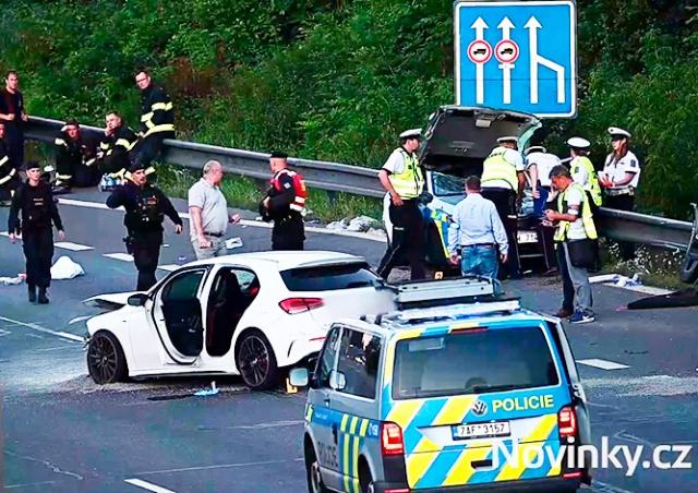 В Праге пьяная женщина за рулем убила полицейского