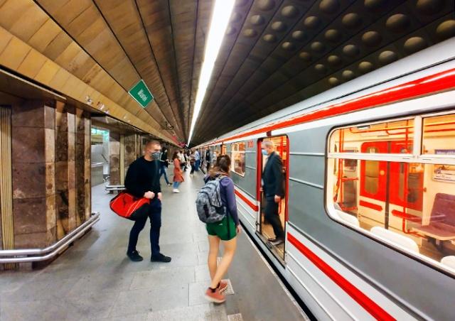 Аноним сообщил о бомбе в пражском метро. Полиция проверяет все станции