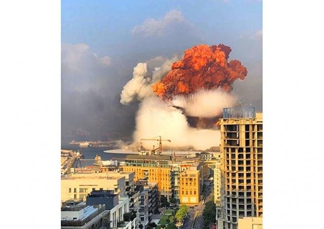 В Бейруте взорвалась партия селитры: более 100 погибших, 4000 пострадавших
