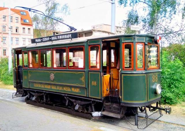 В Праге можно будет прокатиться на 120-летнем трамвае