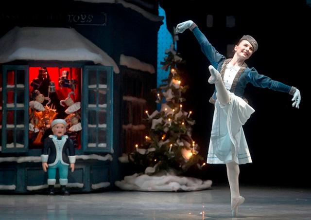 Национальный театр в Праге выложил запись балета «Щелкунчик»: видео