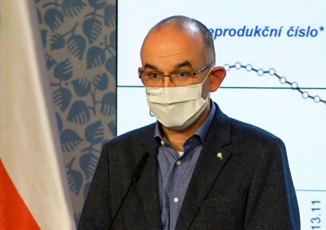 Минздрав Чехии решил не переходить на четвертый уровень PES