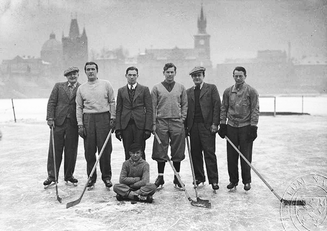 Когда в Праге замерзала Влтава: старые фото