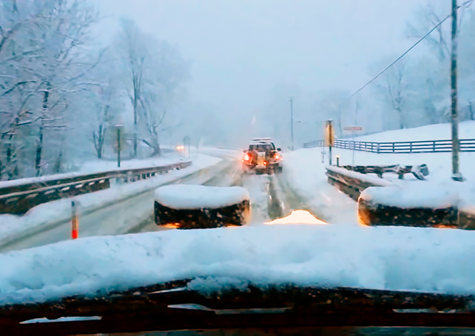 Рождество и много снега: согревающий клип на песню Криса Ри
