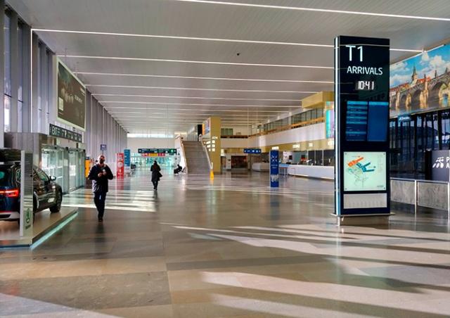 Пражский аэропорт подсчитал, как сильно упал пассажиропоток в 2020 году
