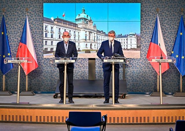 Правительство Чехии смягчило некоторые карантинные меры