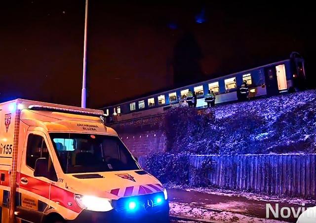 В Праге поезд сбил мужчину, сидевшего на рельсах