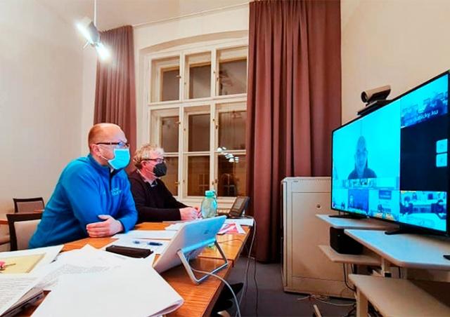 Чешские регионы попросят правительство продлить ЧП