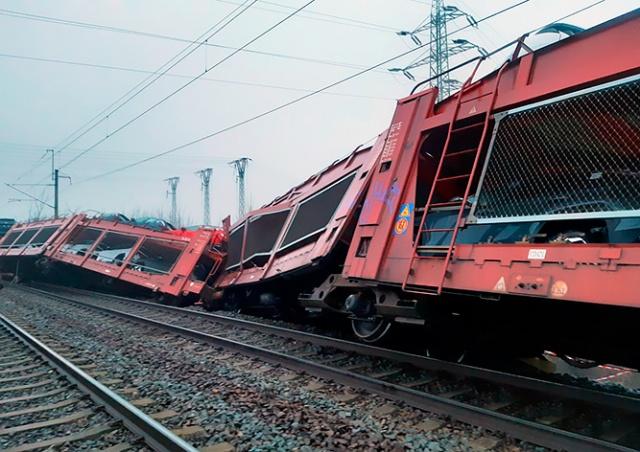 В Чехии столкнулись два грузовых поезда