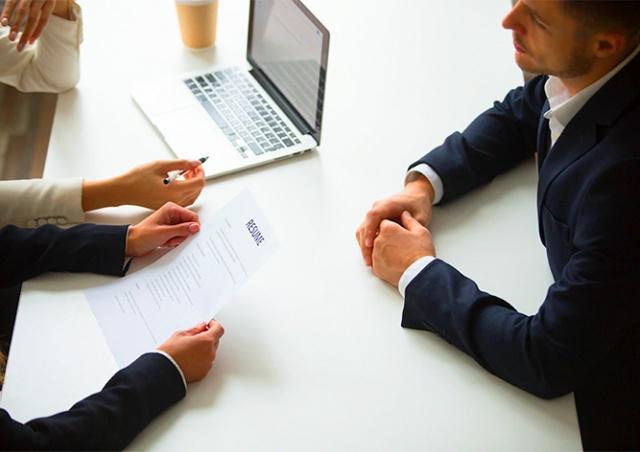 Как в Чехии работают агентства по трудоустройству: плюсы и минусы обращения к ним
