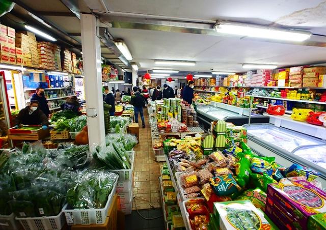 Пражский рынок SAPA: гастрономический аттракцион и окно во Вьетнам