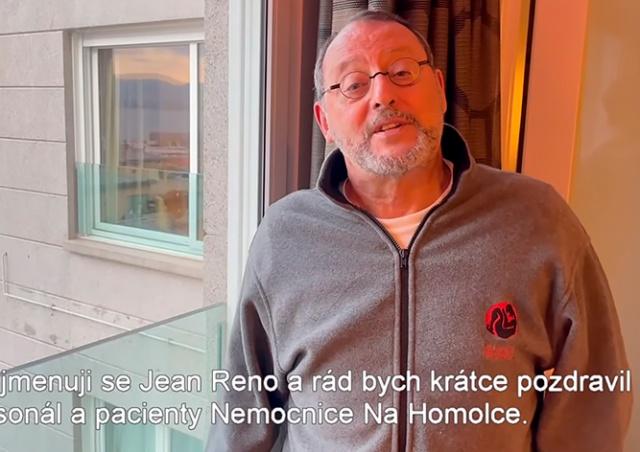 Жан Рено поддержал врачей пражской больницы: видео