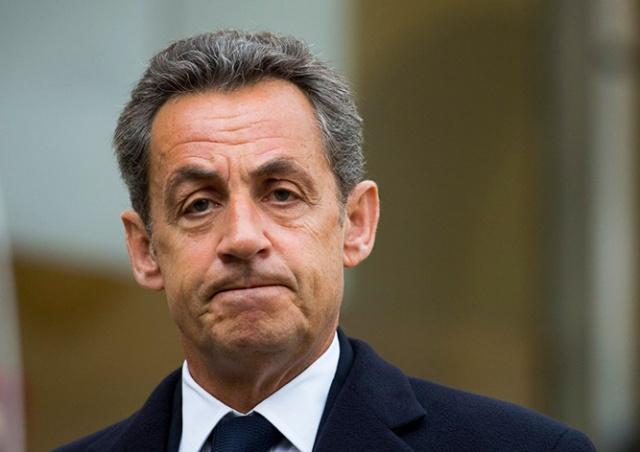 Экс-президента Франции приговорили к реальному тюремному сроку