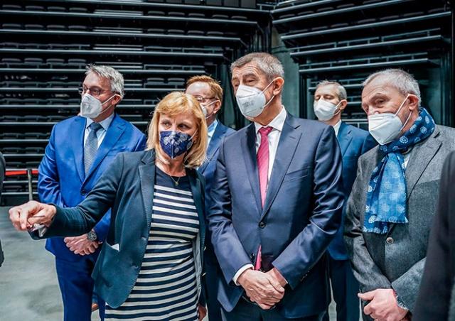 Премьер Чехии: прививку от коронавируса придется делать регулярно