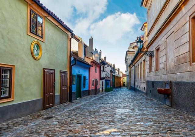 Пражский Град спустя полгода полностью открывается для посетителей