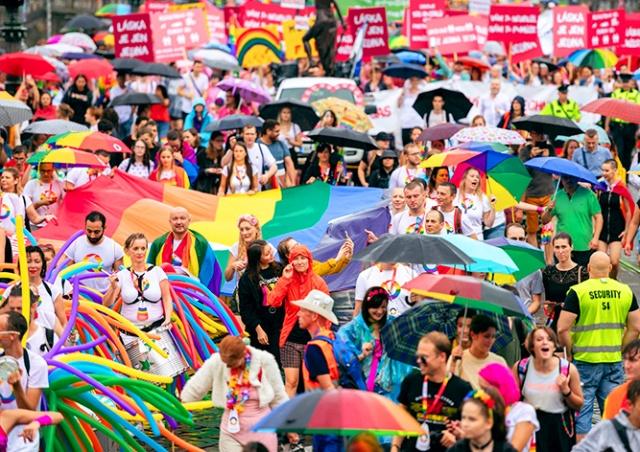 Прага поддержала ЛГБТ-фестиваль дотацией в 650 тыс. крон